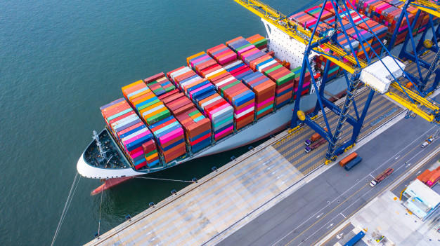 container-ship-loading-unloading-deep-sea-port_35024-825